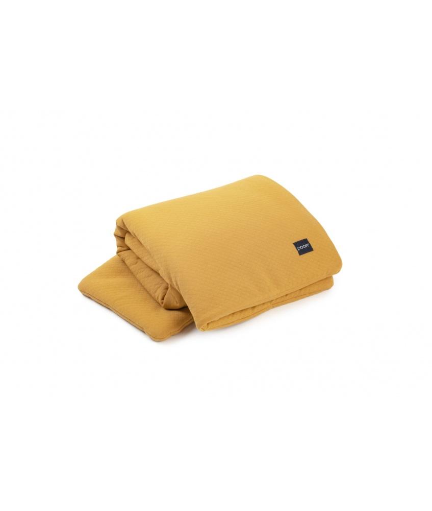 Pique Bedding color: mustard