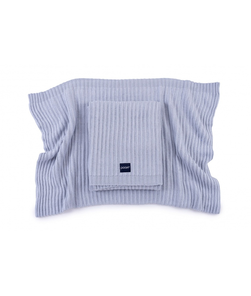 Knitted bamboo blanket Oslo color: dusty blue