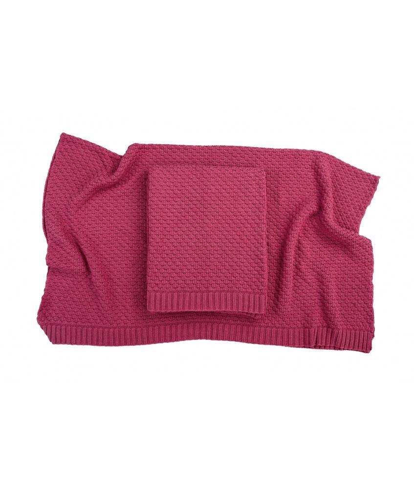 Bamboo blanket color: raspberry